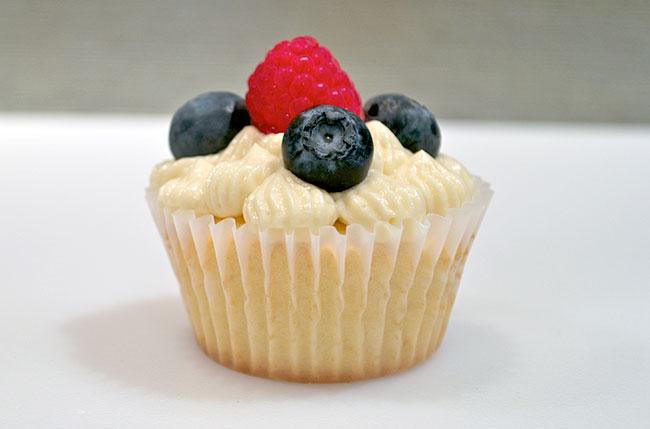 Yellow Buttercream Cupcakes